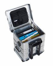 Mobile office 19 inch aluminum rolling case.